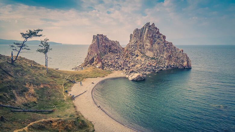 olkhon-island-lakeb-baikal-travel